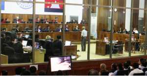 La partie civile Chum Mey a déposé dans le dossier 001 devant les Chambres extraordinaires au sein des tribunaux cambodgiens, le 30 juin 2009. (Photo credit : Photo Courtesy of ECCC under commons licence)