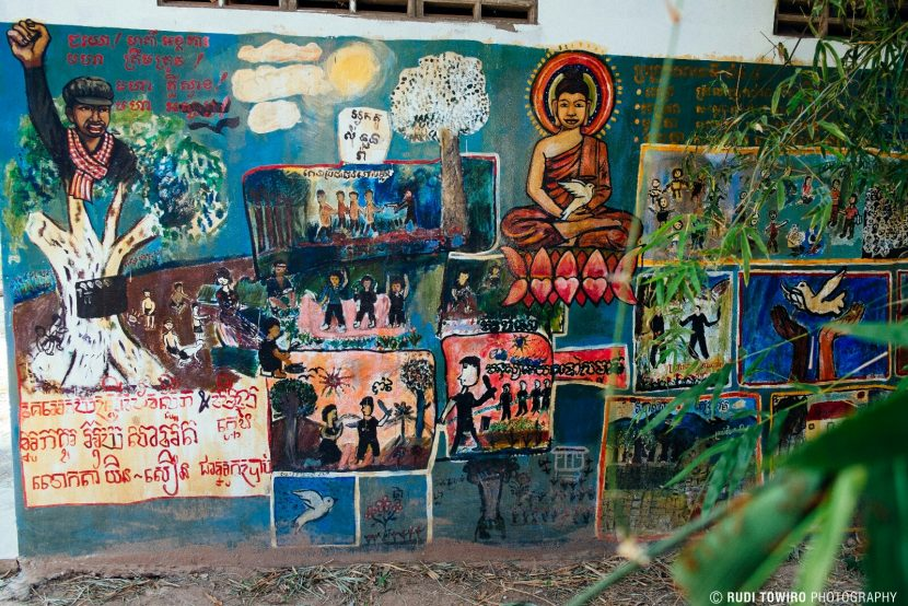 Mural at the Kraing Ta Chan former Khmer rouge security centre / Rudi Towiro Photography